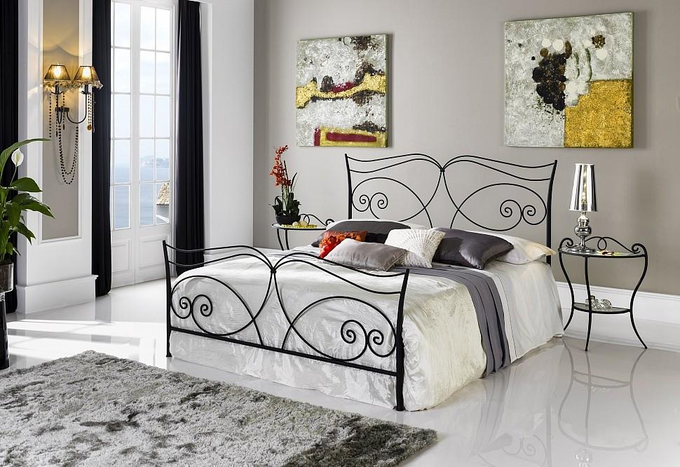 Кованая кровать в стиле лофт