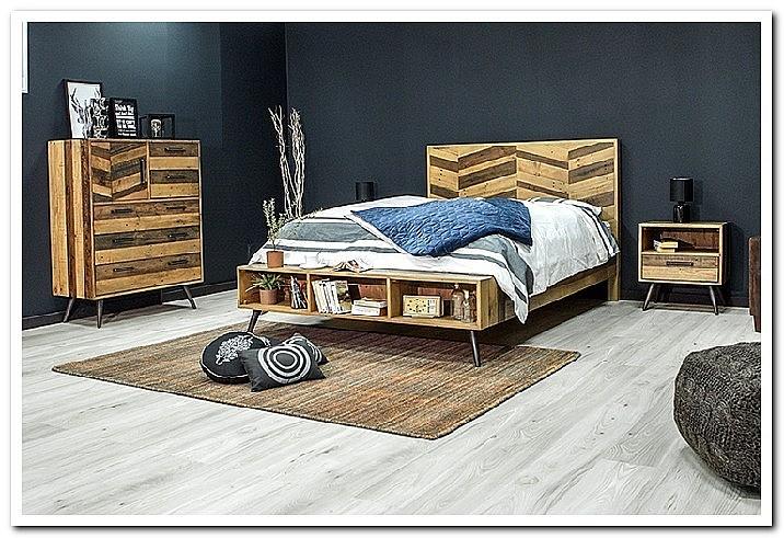 Спальня из массива дерева в стиле лофт